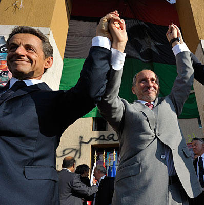 Libya'dan Sarkozy'e petrol tokadı