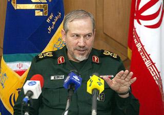 Yahya Rahim-Safevi-İran dini lideri Ayetullah Ali Hamaney'in askeri danışmanı